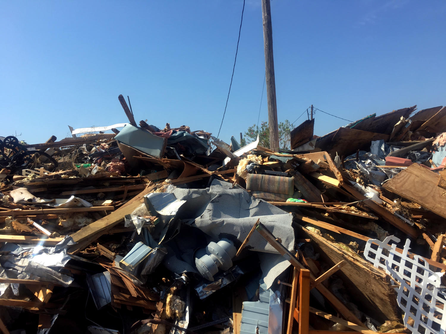Hurricane Harvey left many piles of debris, such as this one in Port Aransas on Aug. 26, the day after the 130 mph storm hit. Flour Bluff sophomore Shelby Gallegos, a Port Aransas resident, said that this pile was one of the largest near her home, the Island RV Park.