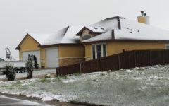 Snow covers Corpus Christi, students enjoy day off