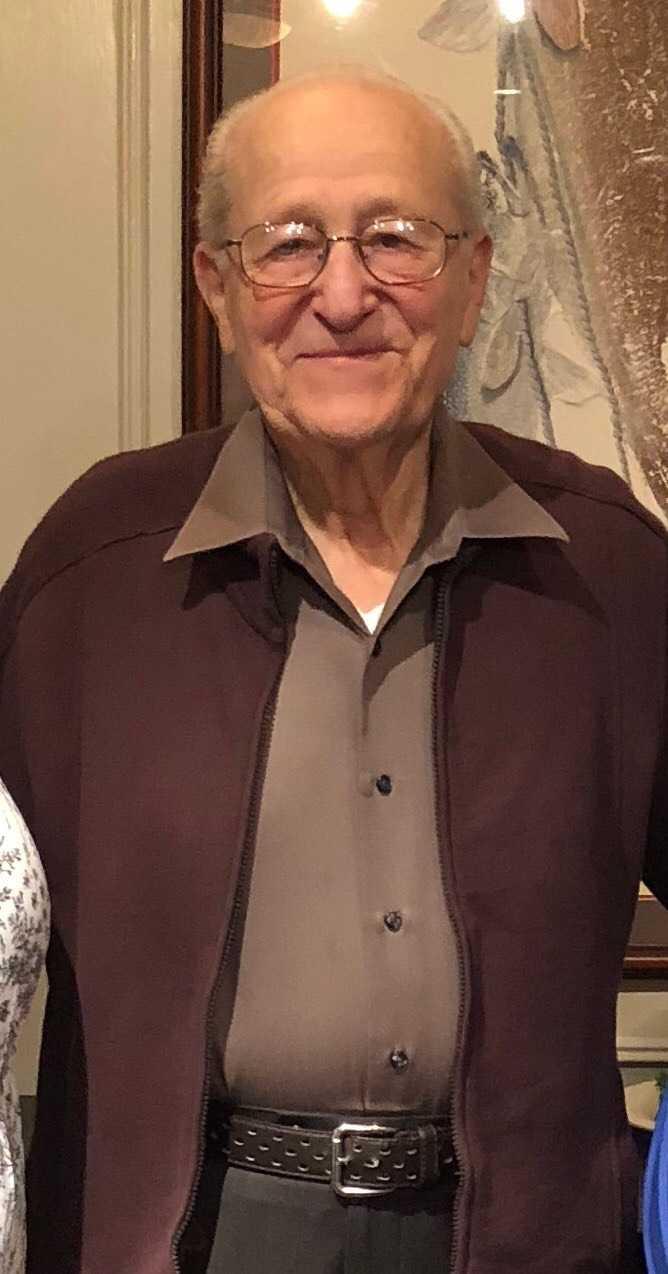 Holocaust survivor Irving Roth